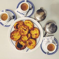 The perfect way to say #goodbye to #PortugalFoodStories #PasteisDeBelem! Served #hot, crispy and very #delicious #Lisbon #Portugal