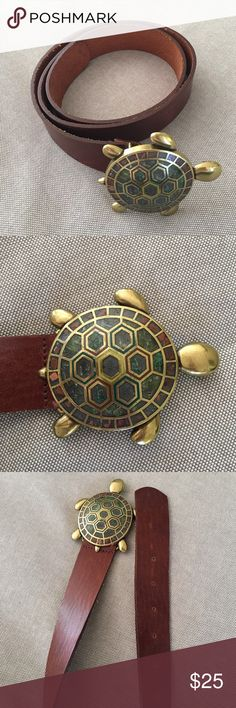 Anthropologie turtle belt 1 1/2 inch belt from Anthropologie. Brown Italian leather, brass and rock turtle. Anthropologie Accessories Belts