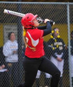 Dara Sanders does it all in McAuley's shutout of Richards   The Daily Southtown