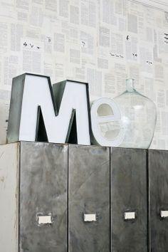 martino design: lettere vintage luminose