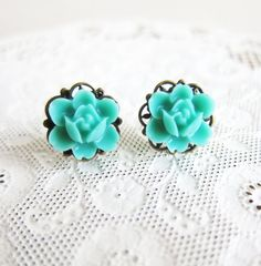 Aqua Bridesmaid Earrings Turquoise Blue Green Flower by Jewelsalem, $12.00