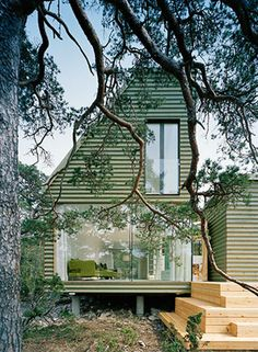 Swedish summer house by Sandell Sandberg.