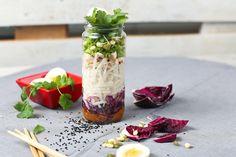 Nuudeli-kasviskeiton voi pakata lounaaksi purkkiin.  #lounas #keitto #keittolounas #itsetehty #resepti #homemade #lunch #soup #souplunch #lightlunch #recipe Vegetables, Vegetable Recipes, Veggies