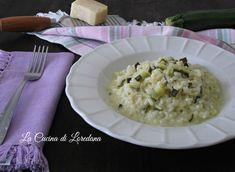 Un semplice e delizioso Risotto zucchine e crescenza cremosissimo ed…
