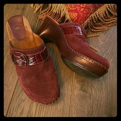 Maroon clogs 9.5 suede and snake skin. Well made, wore 3 or 4 times. One small spot on toe of clog. See third pic. nurture Shoes Mules & Clogs