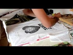 Teratoiid linogravure sur t-shirt / linocut home-printed