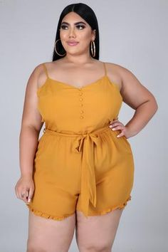 Curves Clothing, Fat Fashion, Curvy Outfits, Sexy Women, Curvy Women, Sugar And Spice, Pretty Woman, Sport, Marie