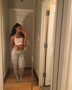deessebrune The Effective Pictures We Offer You About warm lazy outfits A quality picture can tell y Chill Outfits, Mode Outfits, Trendy Outfits, Summer Outfits, Fashion Outfits, Womens Fashion, Baddie Outfits Casual, Swag Outfits, Fashion Tips