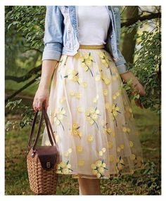Cute Skirt Outfits, Cute Skirts, Cute Casual Outfits, Pretty Outfits, Pretty Dresses, Summer Outfits, Modest Skirts, Modest Fashion, Fashion Dresses