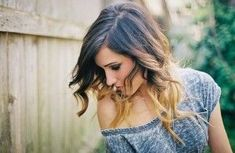 short ombre hair - thinking about this for summer. i hope i get the guts to cut my hair short again. i know it'll look good, but i'll miss my long hair Blond Ombre, Short Ombre, Ombre Hair Color, Dark Ombre, Ombre Bob, Red Ombre, Ombré Hair, Hair Dos, New Hair