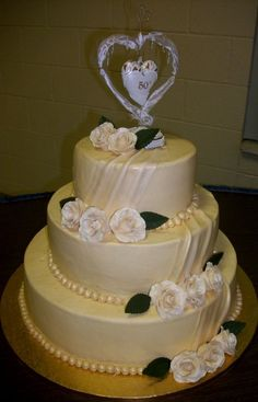 50th Anniversary cake with gumpaste roses