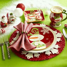 Image by Claudia Fuentes!!! Bebe'CTBelle!!! I really, really love, love, love this precious Snowman Tablescape!!!