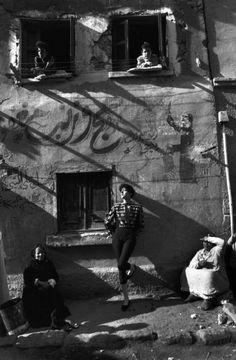 Magnum Photos - Ferdinando Scianna 1989 Aswan Égypt modèle Gisele Zelahui