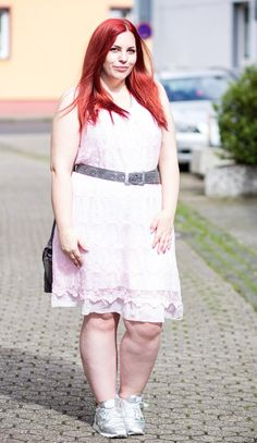 Outfit: Sommerkleid - Curvy Sequins