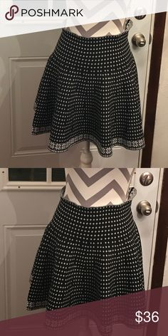 💃🏾Just In💃🏾 Printed Mini Skirt Black and white printed knit mini skirt. Purchase by 4:00 pm Central Time for same day shipping. max edition Skirts Mini