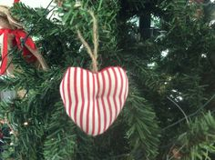 Awesome heart Christmas decor