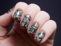 Chalkboard Nails: Camouflage Nails with the LCN Urban Expression Box Set