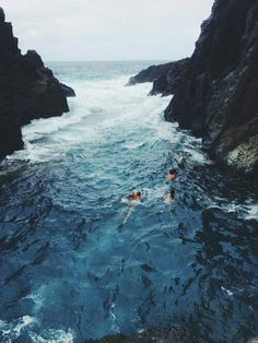 Adventure in the nature natural organic wild through a channel in the ocean sea surrounded by rocks like a hippie boho bohemian Samsung Wallpapers, Full Hd Wallpapers, Oh The Places You'll Go, Places To Visit, Into The Wild, Adventure Is Out There, Belle Photo, Summer Vibes, The Great Outdoors