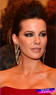 Kate Beckinsale - Baile do Met 2013