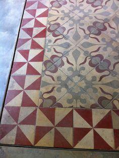 Beautiful cement tiles we found in Valencia. Tile Art, Mosaic Tiles, Wall Tiles, Portuguese Tiles, Turkish Tiles, Moroccan Tiles, Encaustic Tile, House Tiles, Painted Floors