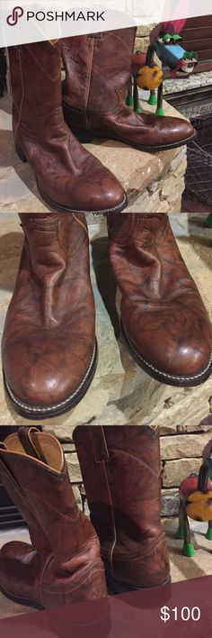 """Men's Justin Classic Deer Lite Roper Cowboy Boot Super soft marbled deer lite leather with a matching 10""""  upper. Roper heel with round toe. Size 7 1/2 D Justin Boots Shoes Cowboy & Western Boots"""