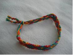 Adjustable Fastener - Sliding Knot Tutorial - friendship-bracelets.net