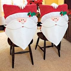 Cantinho da Jana Christmas Sewing, Noel Christmas, Christmas Humor, Handmade Christmas, Christmas Stockings, Christmas Chair Covers, Felt Crafts Patterns, 242, Christmas Table Decorations