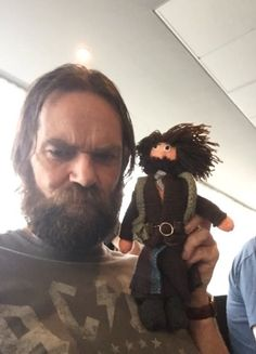 Your Source For All Things Outlander Outlander Show, Outlander Funny, Outlander Quotes, Claire Fraser, Jamie And Claire, Jamie Fraser, Bear Mccreary, Duncan Lacroix, Laura Donnelly
