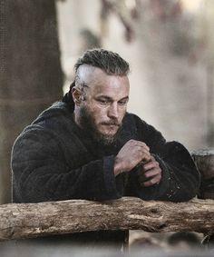 Sexy Ragnar -Travis Fimmel