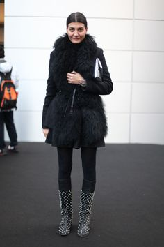 Giovanna Battaglia. http://www.vogue.fr/defiles/street-looks/diaporama/street-looks-a-milan-jour-3-1/7267#!!18