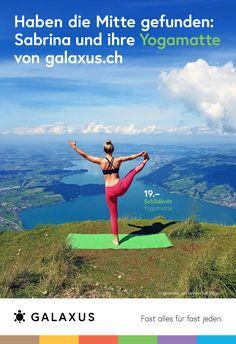 Haben die Mitte gefunden: Sabrina und ihre Yogamatte von Galaxus #GalaxusLive #Galaxus