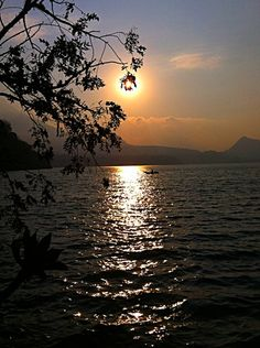San Lucas Toliman, Lago de Atitlan.