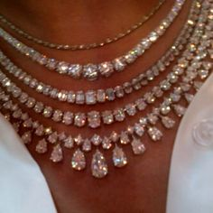 bling bling necklace i want it is sooooooooo. Bling Bling, I Love Jewelry, Fine Jewelry, Unique Jewelry, Bijou Box, Jewelery, Jewelry Necklaces, Beaded Jewelry, Diamond Are A Girls Best Friend
