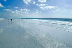 Siesta Beach, Sarasota, Florida by willac