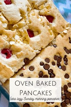 This recipe for oven baked pancakes is exactly what you need. Honestly, you'll try it once and love it so much you'll never make pancakes in a pan again! Oven Baked Pancakes, Pancakes In The Oven, Pancake Toppings, Easy Homemade Gifts, Chocolate Chip Pancakes, How To Make Pancakes, Frugal Family, Frugal Meals, Cooking With Kids