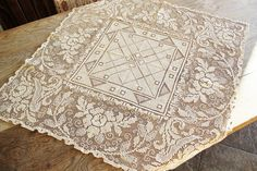 Vintage Small Ecru Lace Tablecloth by robinseggbleunest on Etsy