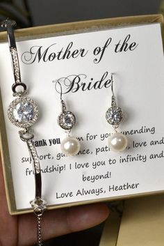 Mother of the Groom Gifts,Mother of the Bride Gift,Personalized Bridesmaids Gift, Bridal Party Gift, Bridal Party Jewelry,Wedding bracelet