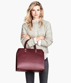 Burgundy handbag with crocodile pattern. #ACCESSORIZEINHM