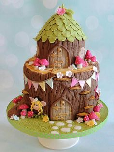 Fairy tale Woodland cake - For all your cake decorating supplies, please visit http://www.craftcompany.co.uk/ (birthday cake decorating girls)
