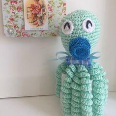 Crochet Octopus: Models That Soothe Premature Babies Crochet Fish, Crochet Octopus, Tunisian Crochet, Cute Crochet, Crochet For Kids, Crochet Baby, Minion, Octopus Colors, Bunny Blanket