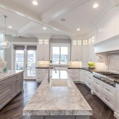 34 Awesome Ideas For Luxury White Kitchen Design Decor Ideas Kitchen Remodel Ideas Awesome Decor Design Ideas Kitchen Luxury White Kitchen Tiles, Kitchen Countertops, New Kitchen, Kitchen Decor, Kitchen White, Kitchen Wood, Floors Kitchen, Countertop Redo, Kitchen Ceilings