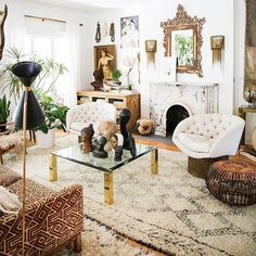 All hail to the queen  of lusciously layered and bohotastic interiors . Ok I think I might be speechless. I cannot even begin to express the deep level of awe I have for our #MoreisMoreDecor feature this week: : : feast your eyes on this boho heaven. Our queen of eclectic interiors-- Jen of @fleamarketfab. If you've been living under a rock and don't follow her account do yourself a favor and get over there stat!  You're welcome!! Jen also sells so many amazing home products like rugs…