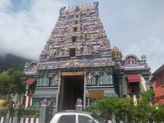 22 - Visite o Templo Hindu na capital do país, Victoria