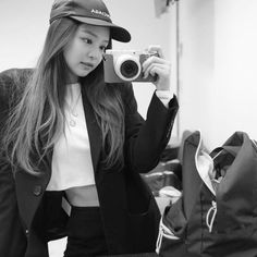 Find images and videos about kpop, blackpink and jennie on We Heart It - the app to get lost in what you love. Blackpink Jennie, School Looks, South Korean Girls, Korean Girl Groups, Rapper, Kim Jisoo, Yg Entertainment, Cute Pink, K Pop