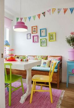 Pink Friday @ Hus o Hem Pastel, cheery dining room Room Colors, House Colors, My Ideal Home, Home Living, Small Living, Modern Living, Kitchen Colors, Design Kitchen, Kitchen Interior