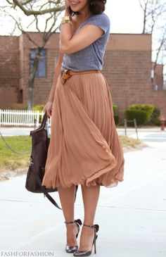 Flowy skirt is beautiful. Love the contrast with the casual tee.