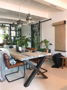 George And Willy Studio Roller Farm House Living Room, Dinning Room, Living Room Decor, Dining Table, Home Decor, Kitchen Room Design, Dining Room Inspiration, Wood Table Design, Kitchen Decor Apartment