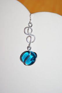 boucles d'oreilles perle de verre turquoise