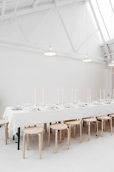 Rye London kitchen's extra long DIY dining table with Ikea stools Table Ikea, Ikea Stool, Dining Table, Dining Set, Fine Dining, Dining Rooms, Interior Styling, Interior Design, Studio Kitchen