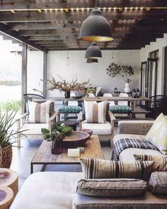 No matter how many times I see this pic, it still remains one of my favorite outdoor patio spaces. A wide range of layered textures brings natural coziness to this space. cr unknown via blogspot.fr #style #interiorstyling #interior #interiør #interior4all #interiordesign #patio #patiofurniture #indooroutdoor #texture #patiolife #dreampatio